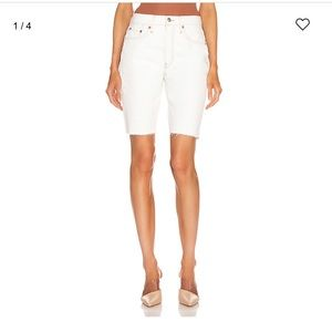 RE/DONE 80's long short. Bleached white. Size 26